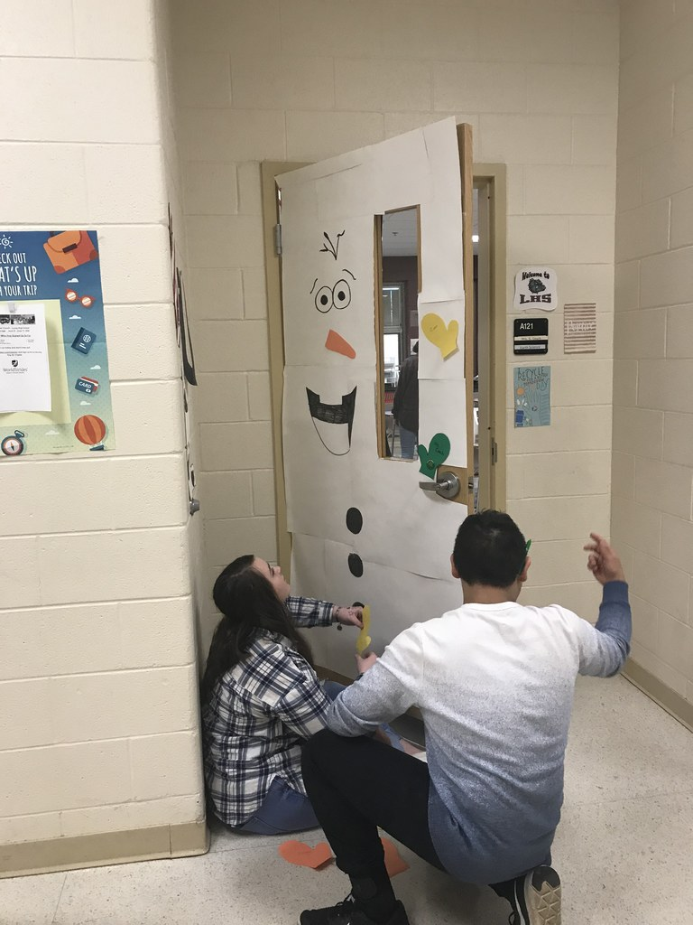 Door Decorating Themes